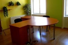 Kancelářský stůl