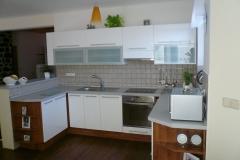 Moderní kuchyň vytvořená podle návrhu