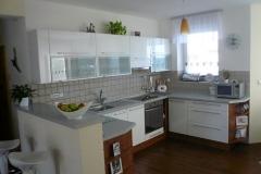 Moderní kuchyně na míru