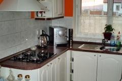 Kuchyně v bílém provedení